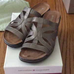 Naturalizer comfort sandal Sz. 10.